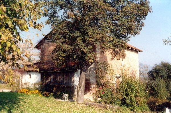 edificio esistente ad uso agricolo, lato sud