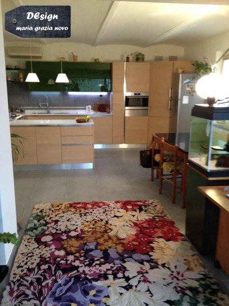 cucina vista dal soggiorno